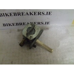 bikebreakers.ie Used Motorcycle Parts FZS600 FAZER 98-02  FAZER 600 FUEL TAP